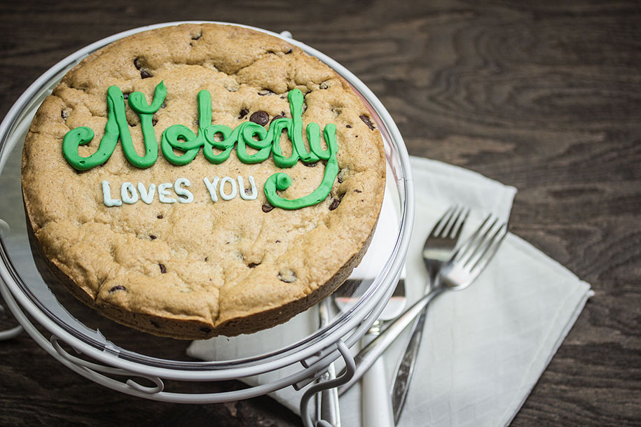 bold-bakery-insulting-cakes-sarah-brockett-5