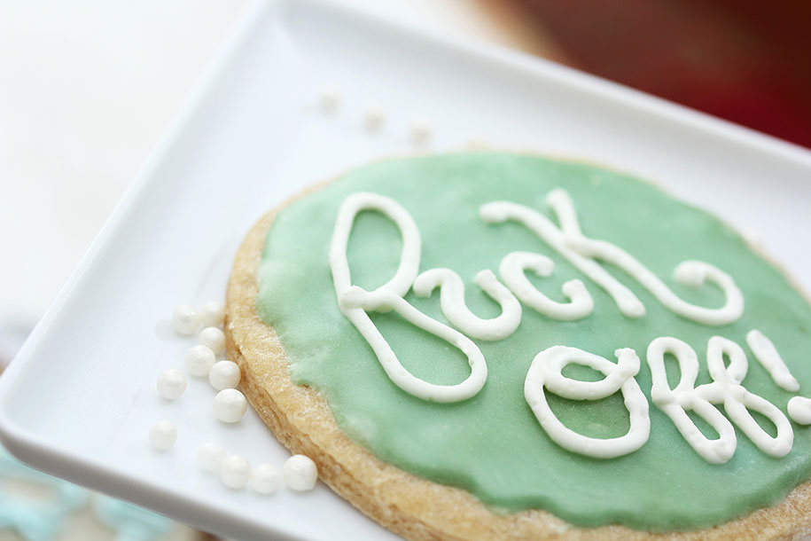 bold-bakery-insulting-cakes-sarah-brockett-7