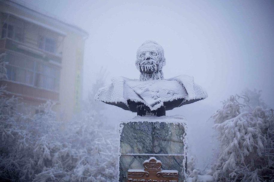 coldest-village-oymyakon-russia-amos-chapple-4