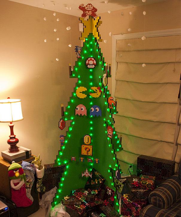 diy-chirstmas-tree-designs-recycling-holidays-12
