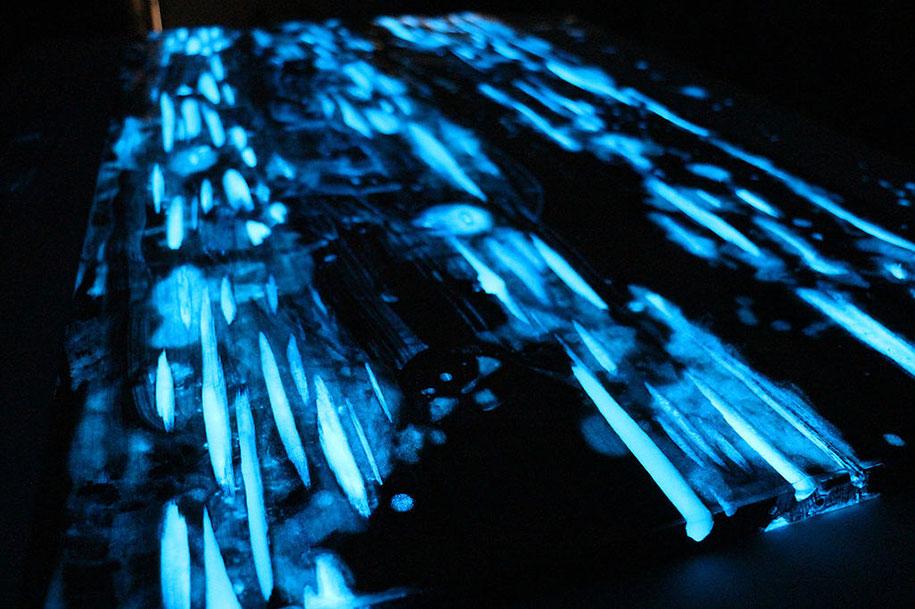 glow-in-the-dark-resin-table-mike-warren-8
