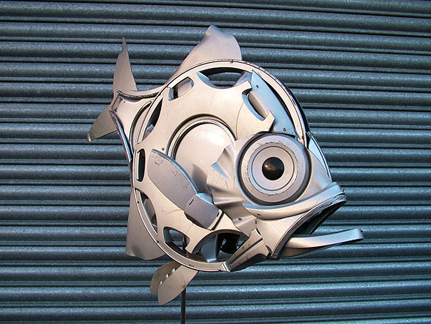 hubcaps-recycling-art-upcycling-ptolemy-elrington-27