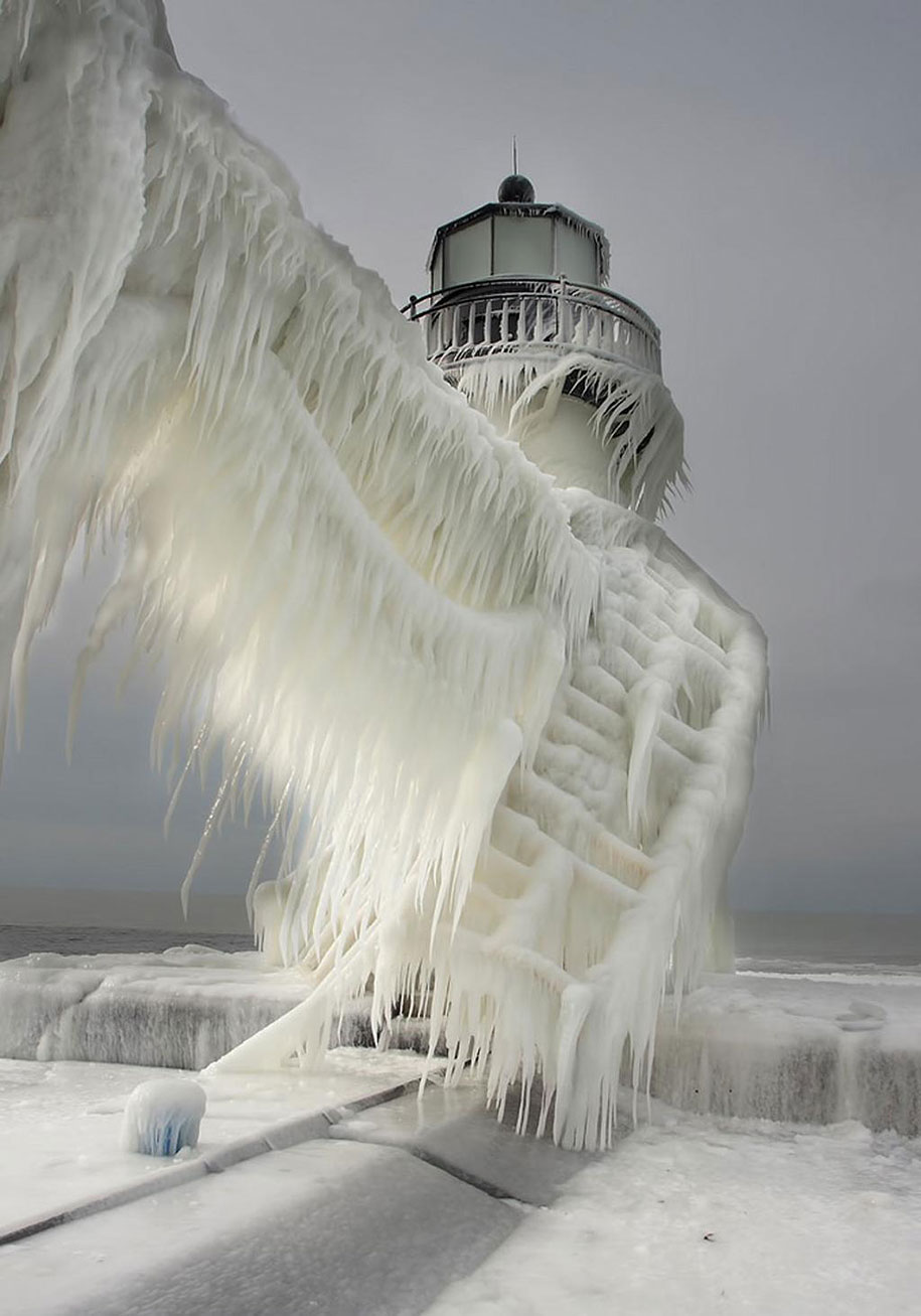 winter-snow-natural-ice-art-7