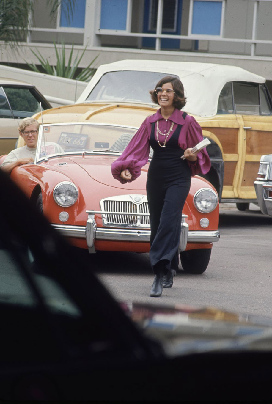 1969-hippie-high-school-counterculture-photography-8