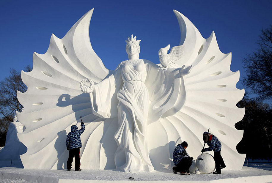 2015-international-ice-and-snow-festival-harbin-china-20