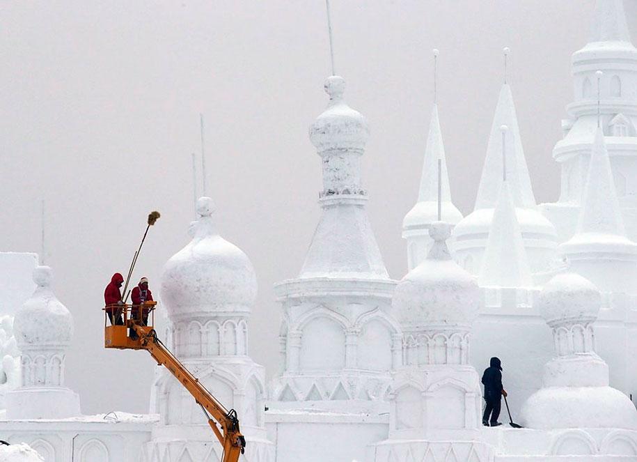 2015-international-ice-and-snow-festival-harbin-china-31