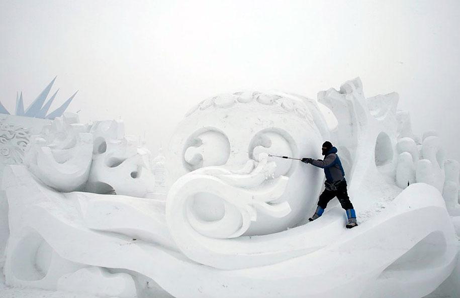 2015-international-ice-and-snow-festival-harbin-china-37