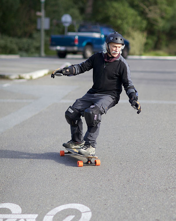 age-of-happiness-active-seniors-vladimir-yakovlev-6