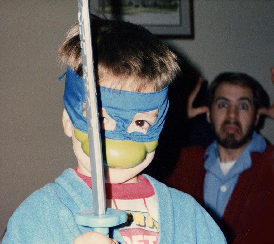 brothers-childhood-photo-recreation-christmas-calendar-gift-8
