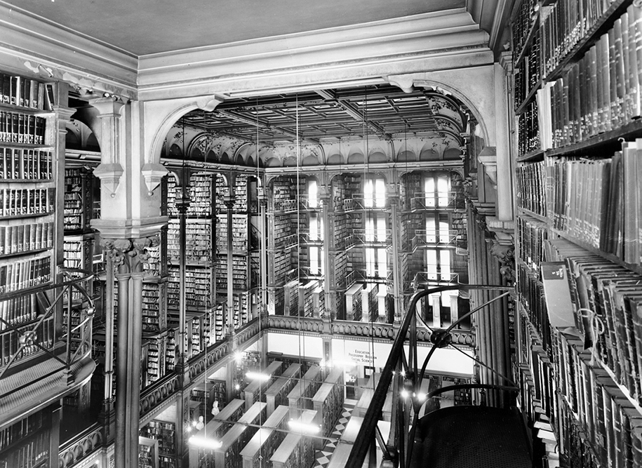 majestic-libraries-architecture-photography-16