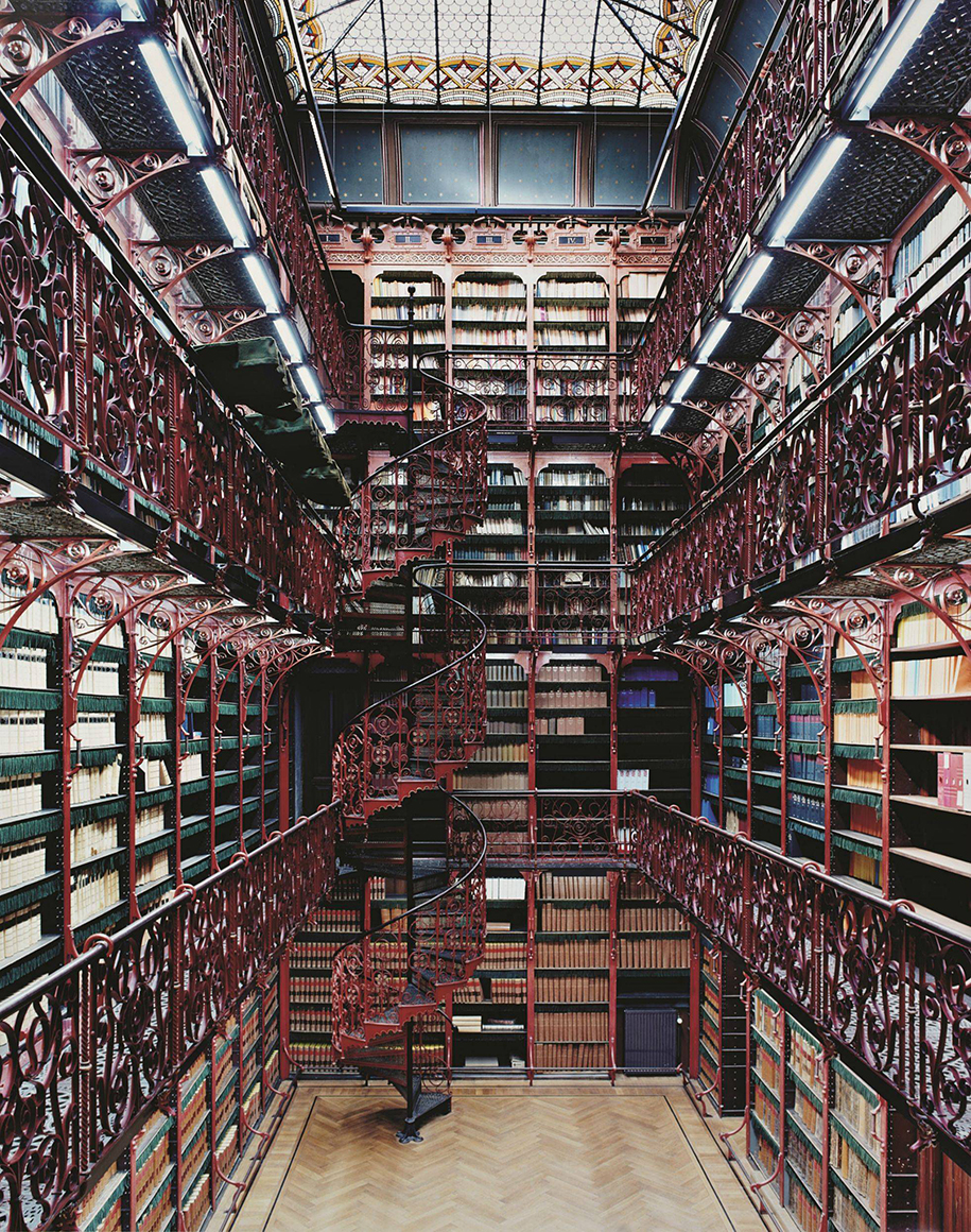 majestic-libraries-architecture-photography-9
