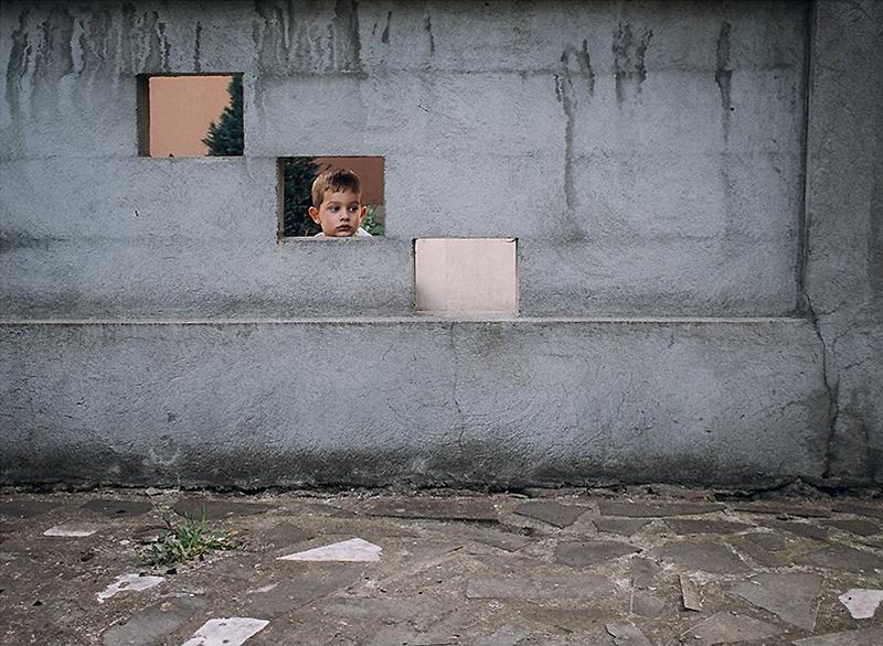romania-villages-quirky-photography-hajdu-tamas-11