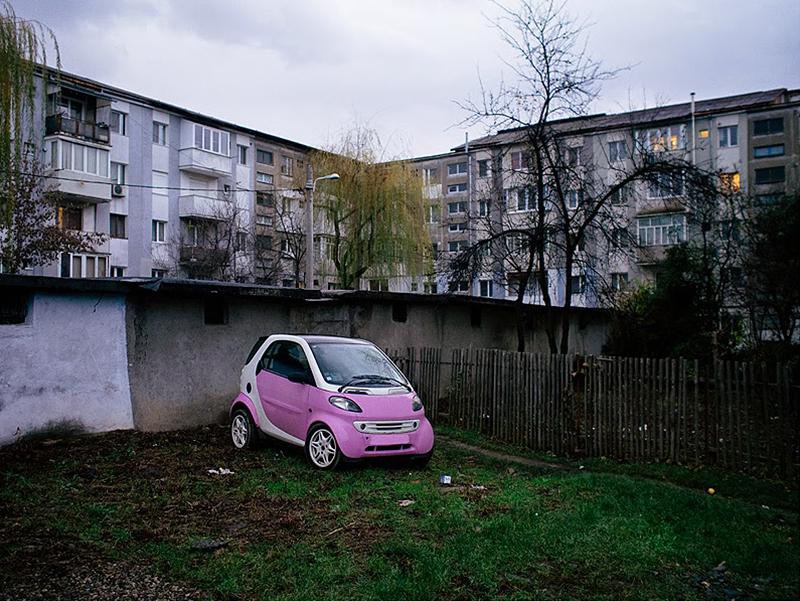 romania-villages-quirky-photography-hajdu-tamas-19