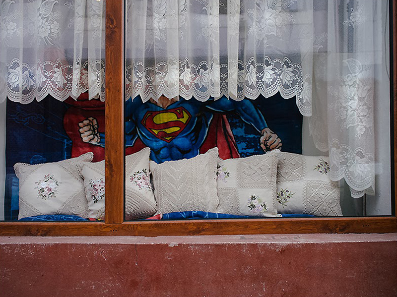 romania-villages-quirky-photography-hajdu-tamas-26