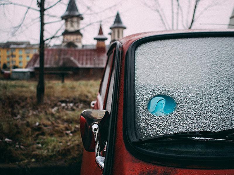 romania-villages-quirky-photography-hajdu-tamas-8