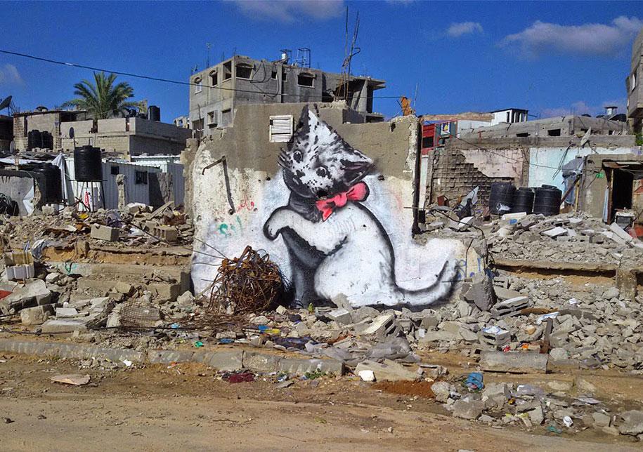 Israel-palestine-conflict-gaza-graffiti-banksy-6