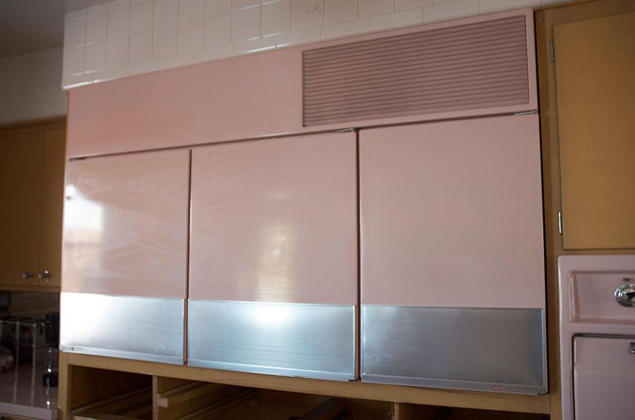 retro-50s-kitchen-pink-nathan-chandler12