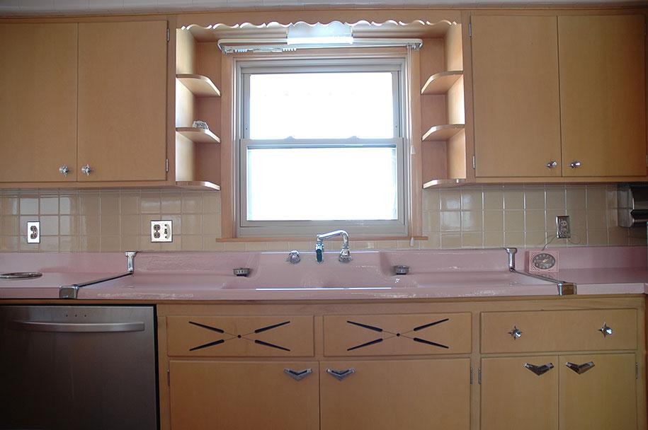 retro-50s-kitchen-pink-nathan-chandler3