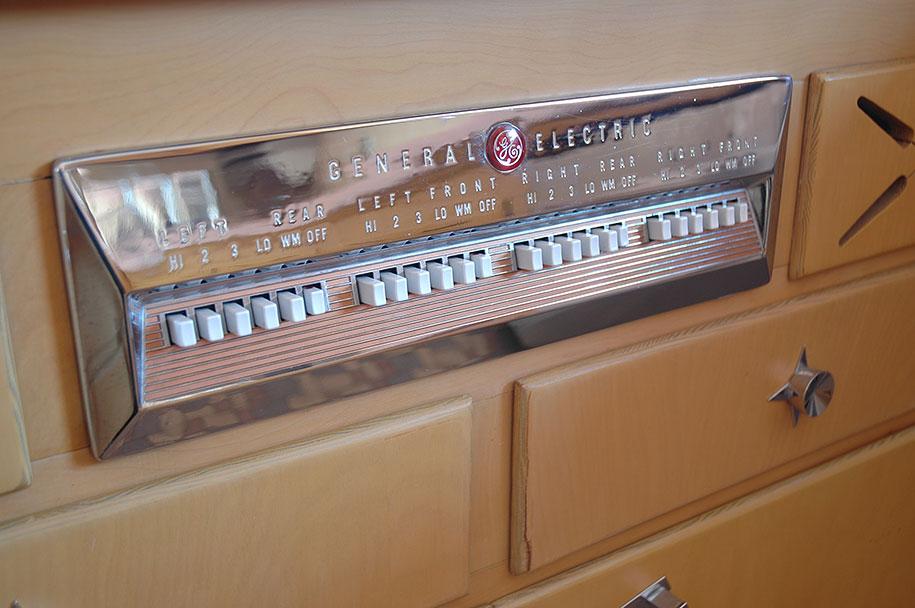 retro-50s-kitchen-pink-nathan-chandler7