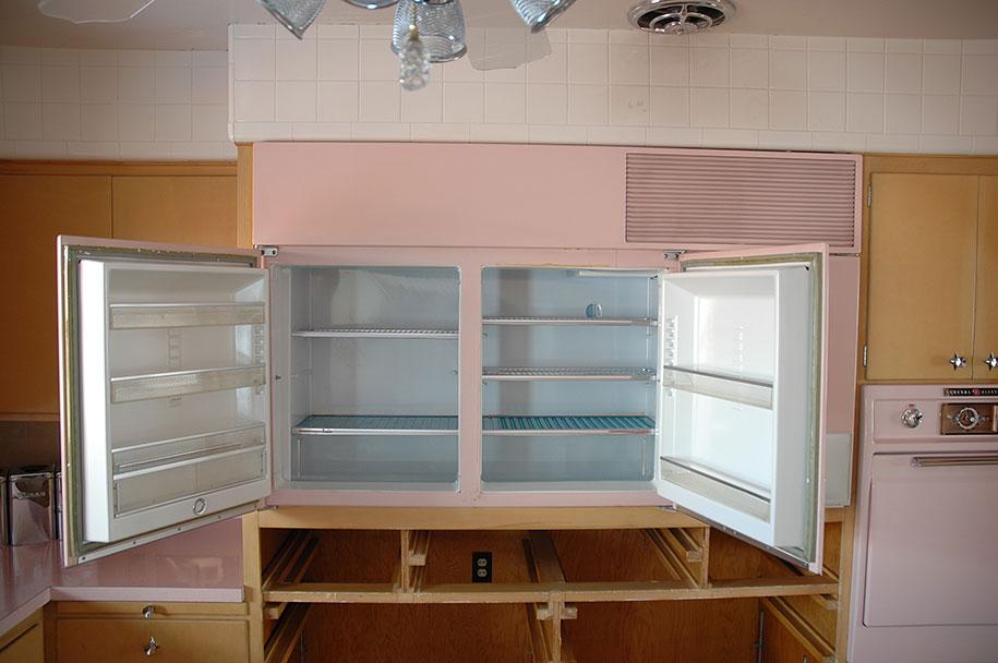 retro-50s-kitchen-pink-nathan-chandler8