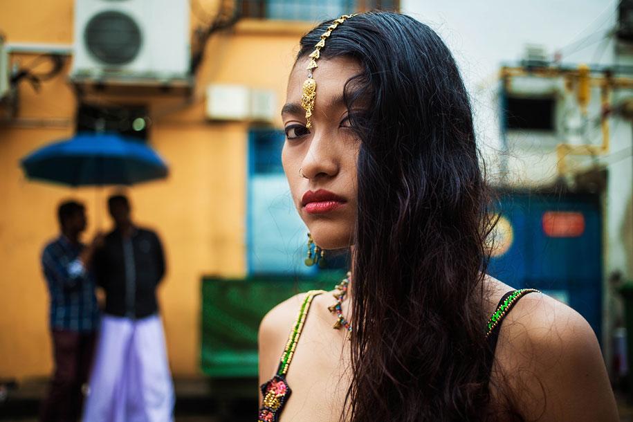 women-around-world-atlas-beauty-mihaela-noroc-12