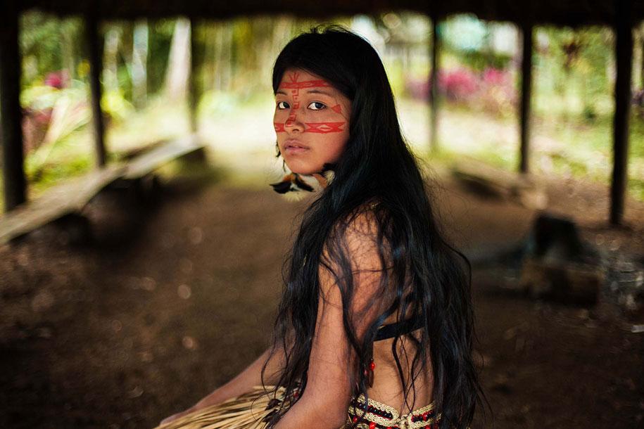 women-around-world-atlas-beauty-mihaela-noroc-20