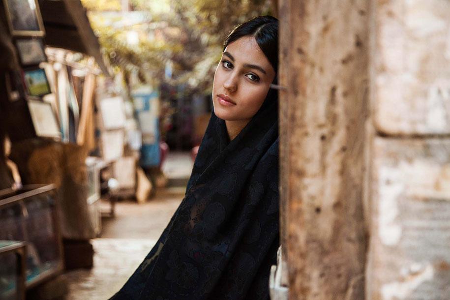women-around-world-atlas-beauty-mihaela-noroc-22