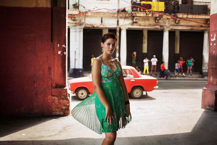 women-around-world-atlas-beauty-mihaela-noroc-5