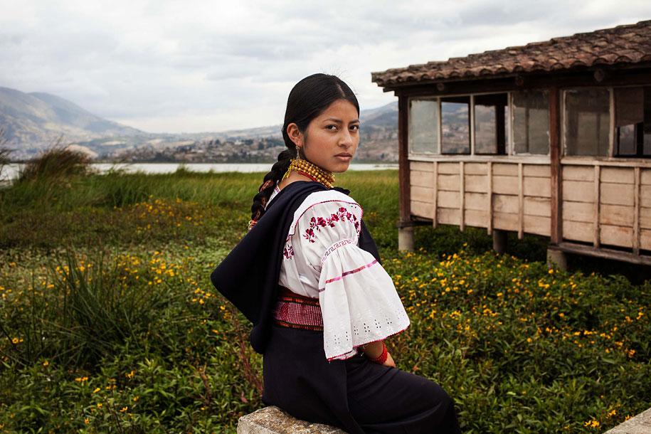 women-around-world-atlas-beauty-mihaela-noroc-7