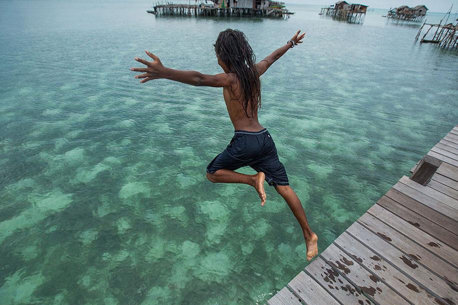 bajau-borneo-sea-gypsies-rehahn-croquevielle-2