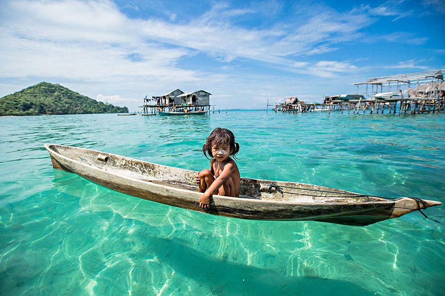 bajau-borneo-sea-gypsies-rehahn-croquevielle-6