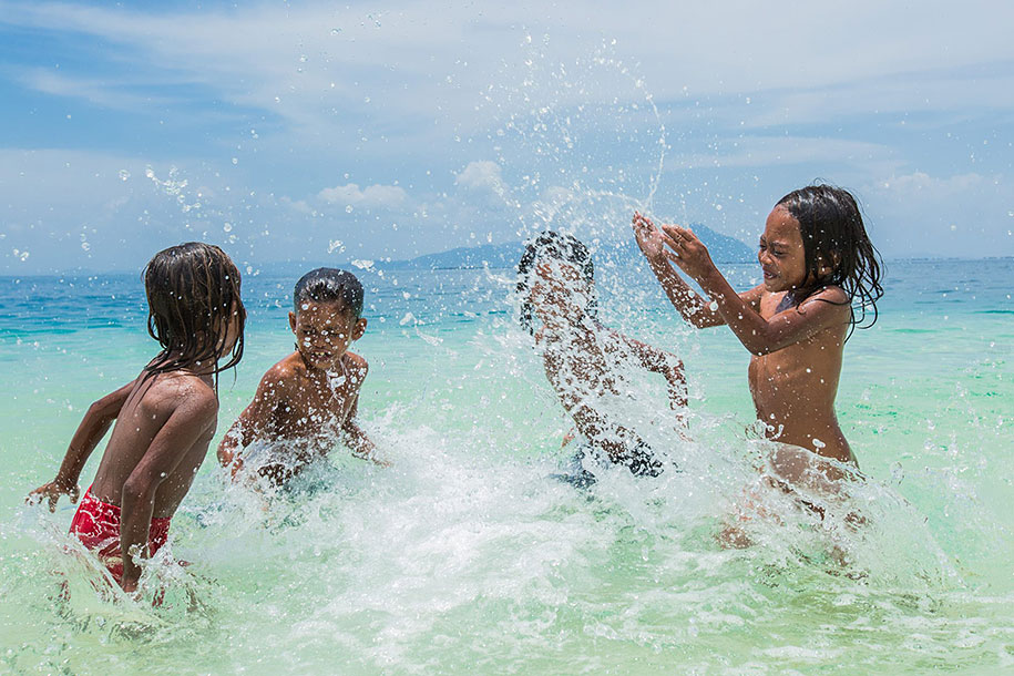 bajau-borneo-sea-gypsies-rehahn-croquevielle-8