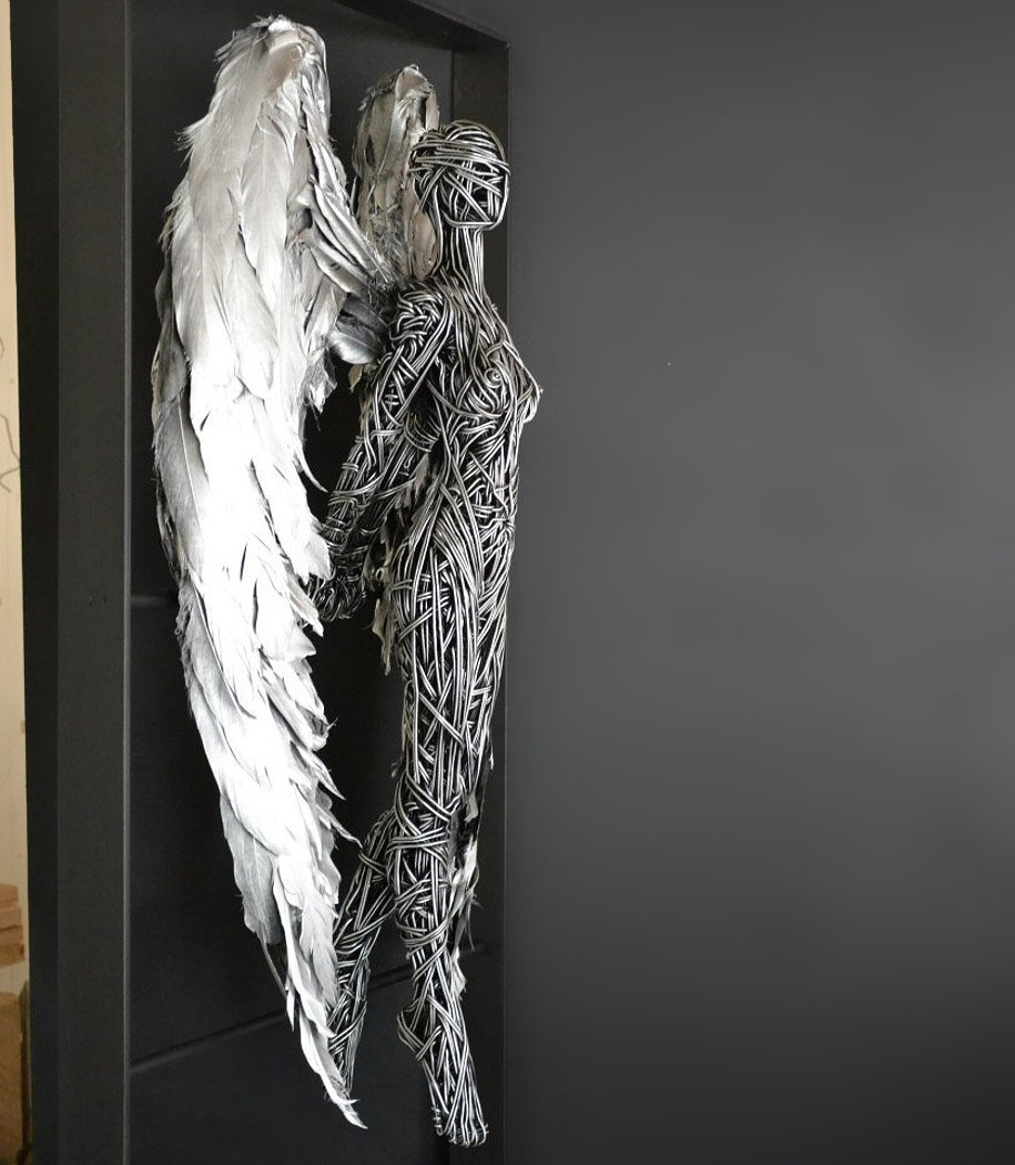 dynamic-lifelike-wire-sculptures-richard-stainthorp-9