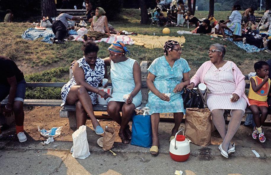 people-living-harlem-ghetto-july-1970-jack-garofalo-13