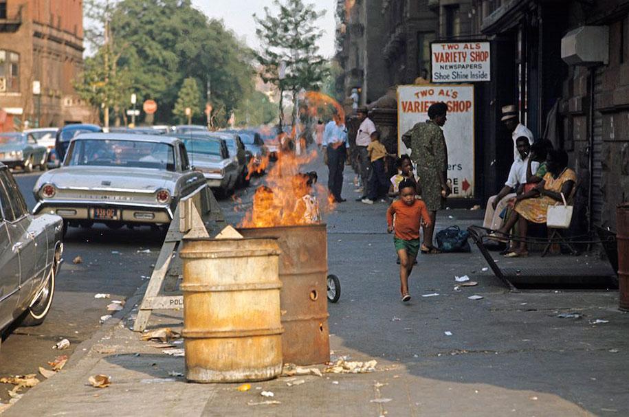 people-living-harlem-ghetto-july-1970-jack-garofalo-20