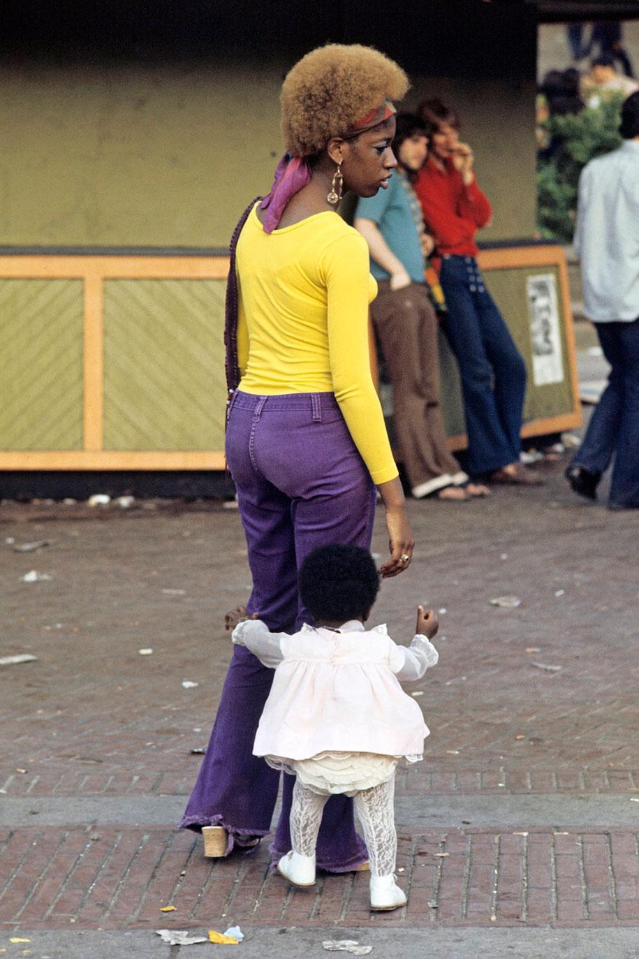 people-living-harlem-ghetto-july-1970-jack-garofalo-9
