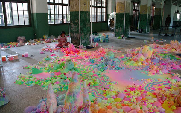 pink-candy-floor-installation-pin-and-pop-tanya-schultz-17