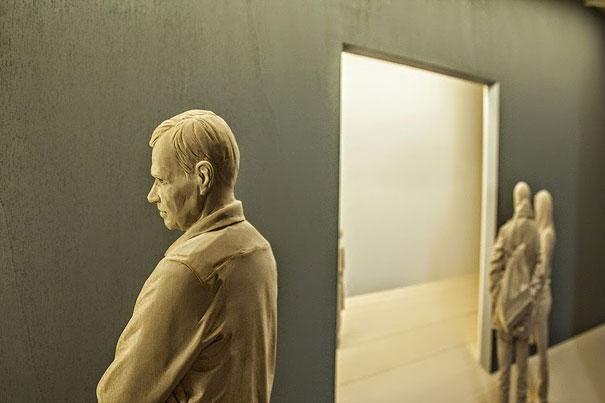 realistic-wood-sculpture-peter-demetz-6