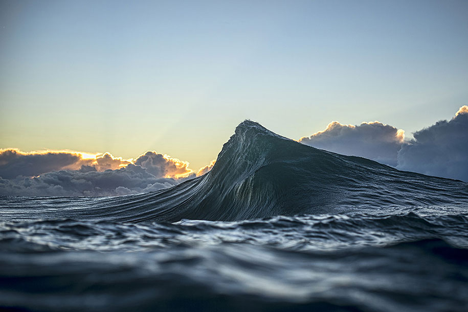 sea-photography-mountain-waves-ray-collins-08