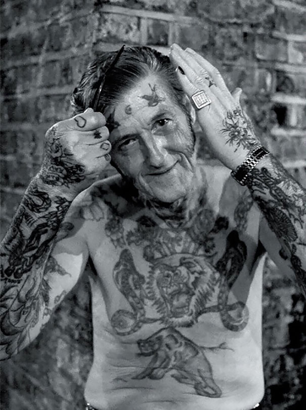 tattooed-seniors-elderly-25