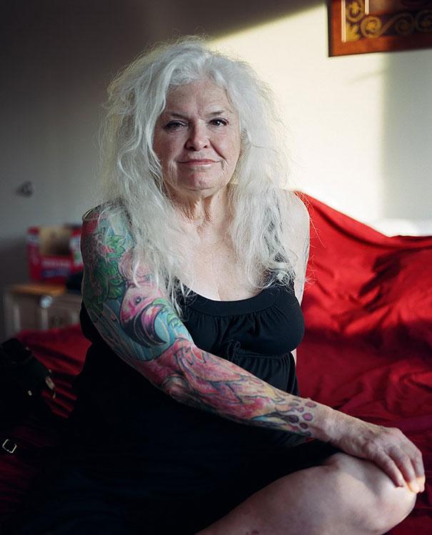 tattooed-seniors-elderly-8