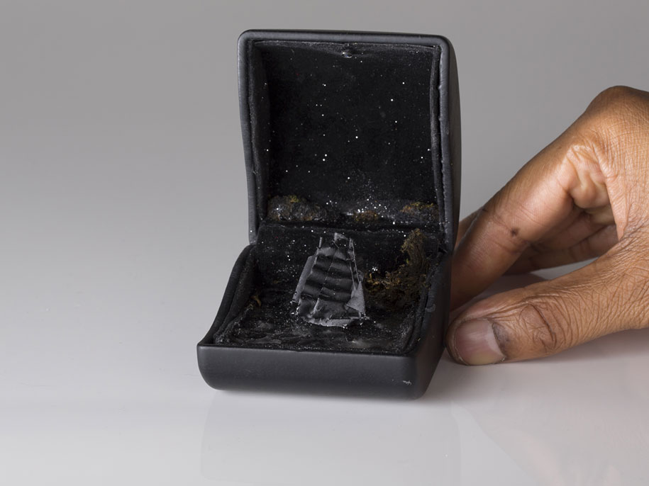 vintage-ring-box-miniature-diorama-talwst-13