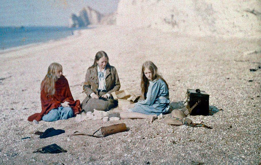 color-photography-1913-christina-red-marvyn-ogorman-06