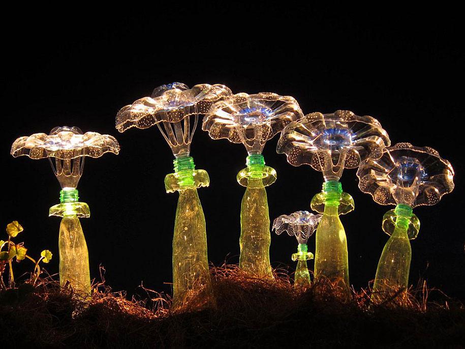 plastic-bottle-sculpture-pet-art-veronika-richterova-14