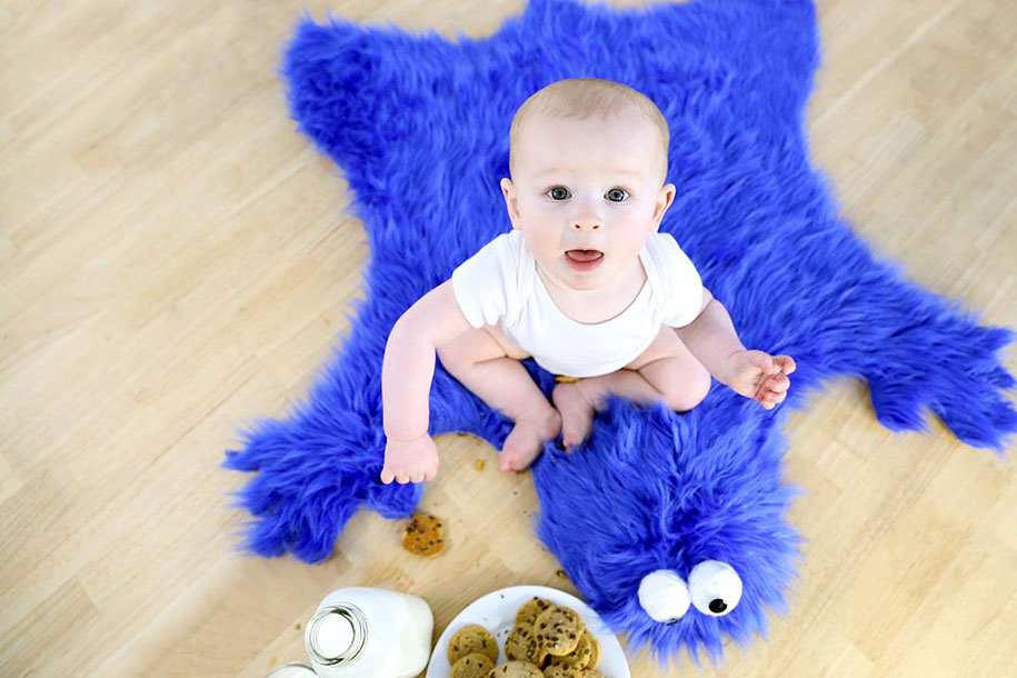 sesame-street-DIY-cookie-monster-rug-pillows-mikeasaurus-03
