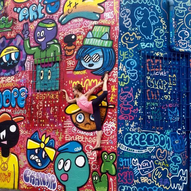 yoga-poses-street-art-graffiti-soren-buchanan-37