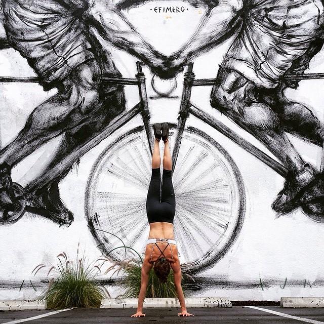 yoga-poses-street-art-graffiti-soren-buchanan-66