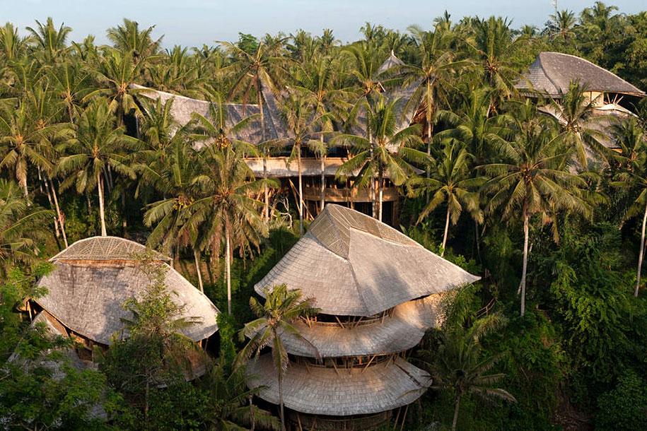 bamboo-house-ted-talk-sharma-springs-elora-hardy-ibuku-bali-31