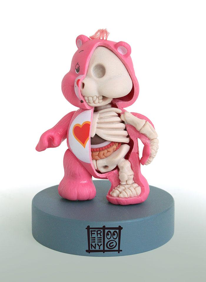 children-cartoon-toy-anatomy-bones-insides-jason-freeny-5