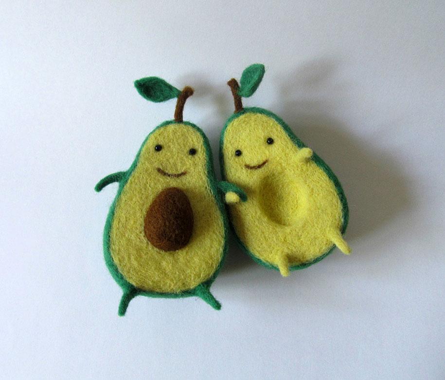 cute-felt-wool-sculpture-avocado-love-anna-dovgan-3